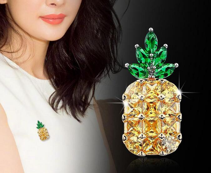 New Stunning Yellow Pineapple Brooches Pins Gold Tones Green Leaf Fruit Jewelry Crystals Green Leaf Pineapple Pins Vegetable